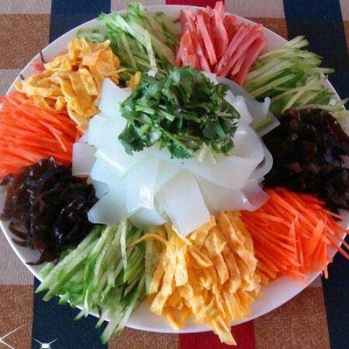 五彩拉皮 – Colourful Rice Noodle Salad